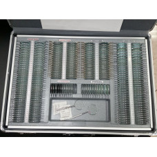 Чемодан с инструментами для проверки зрения (266 шт. линз)